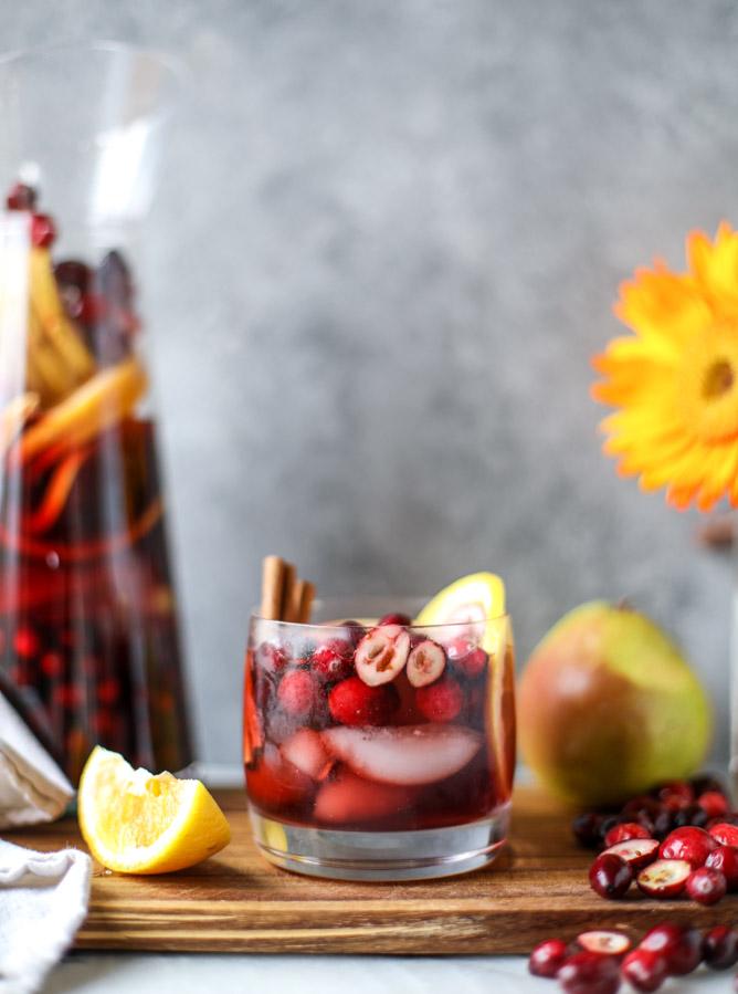 cranberry-chai-sangria-i-howsweeteats-com-9